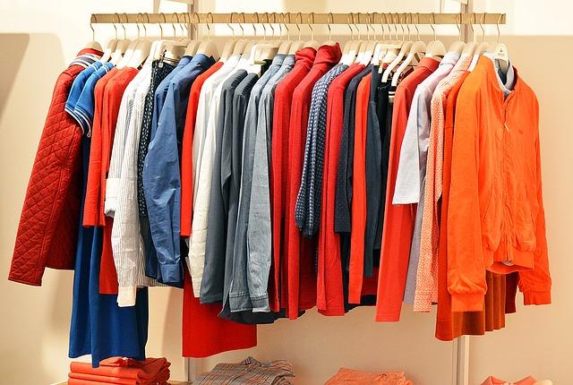 Unde pot să donez haine în București